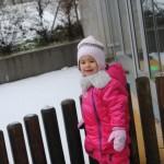 La neige dans notre jardin!
